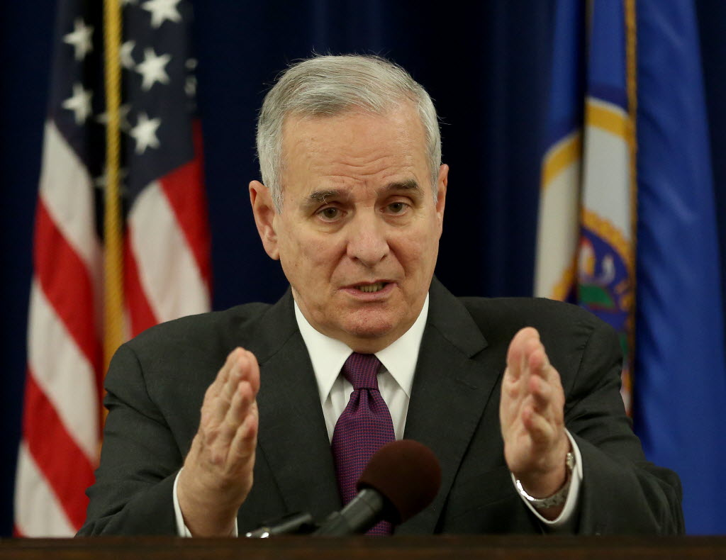 Dayton: Calls by state governors to bar Syrian refugees are 'ludicrous'
